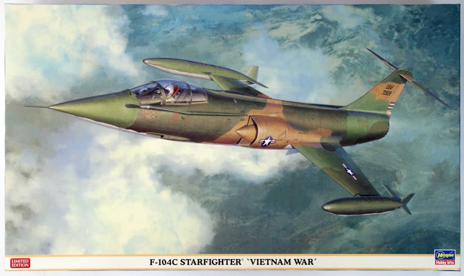 D-104C Starfighter Vietnam 1/32 Scale Model Airplane