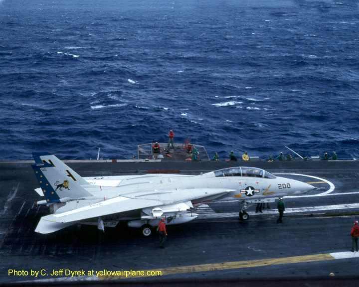Yellowairplane Com Vf 213 The Black Lions F 14 Tomcat Jet